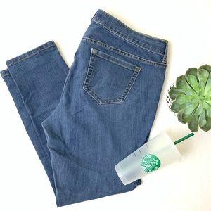 SALE Torrid Skinny Jeans 268